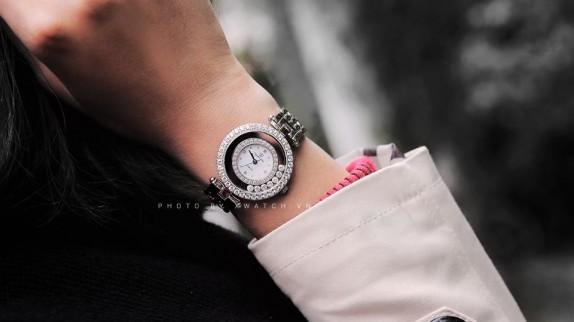 Những mẫu đồng hồ đeo tay thời trang nào đang gây sốt?