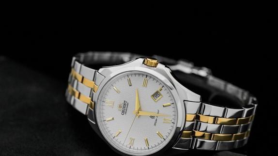 Hé lộ thế giới đồng hồ hiệu quartz