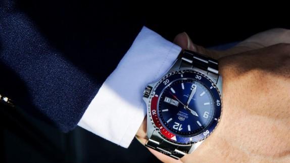 Mách bạn: Cách chọn đồng hồ theo màu da phù hợp
