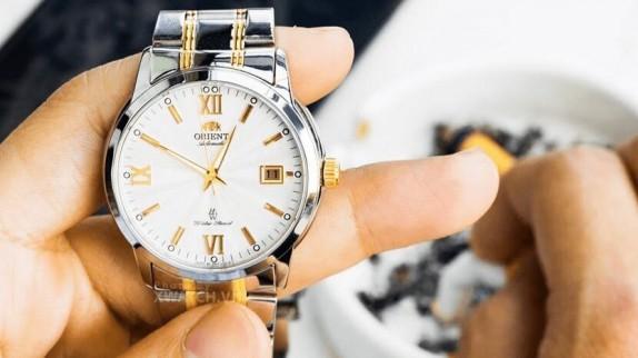 Hướng dẫn cách chỉnh đồng hồ cơ Orient và thay pin đồng hồ Quartz