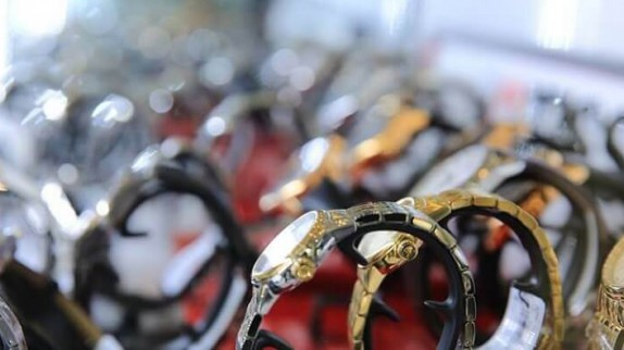 3 bí kíp cực chuẩn về mua đồng hồ chính hãng tại Hà Nội