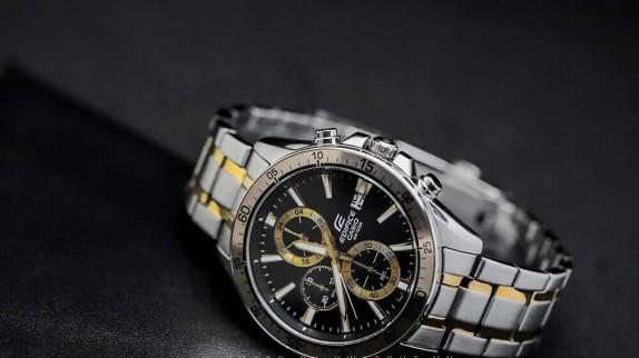 Hé lộ thế giới đồng hồ hiệu quartz - điều bí mật gì đang ẩn chứa?