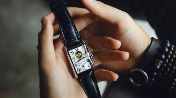 3 lưu ý khi lựa chọn đồng hồ đeo tay mặt hình chữ nhật