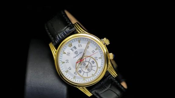 Tại sao các quý ông lại mê đồng hồ đeo tay dây da nam?