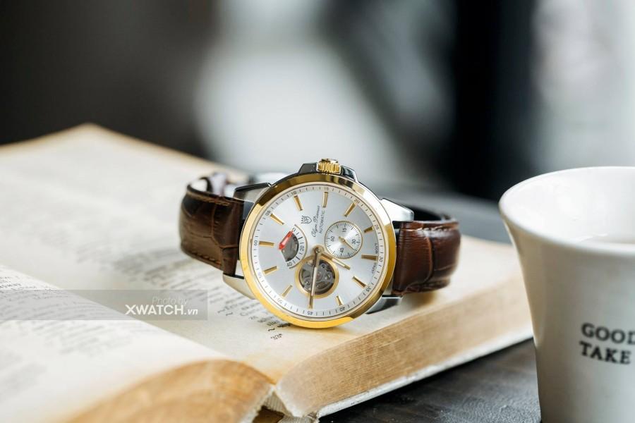 Biến hóa với đồng hồ Thụy Sỹ dây da