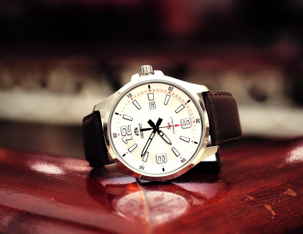 Top 3 đồng hồ Quartz giá dưới 2 triệu đáng mua nhất