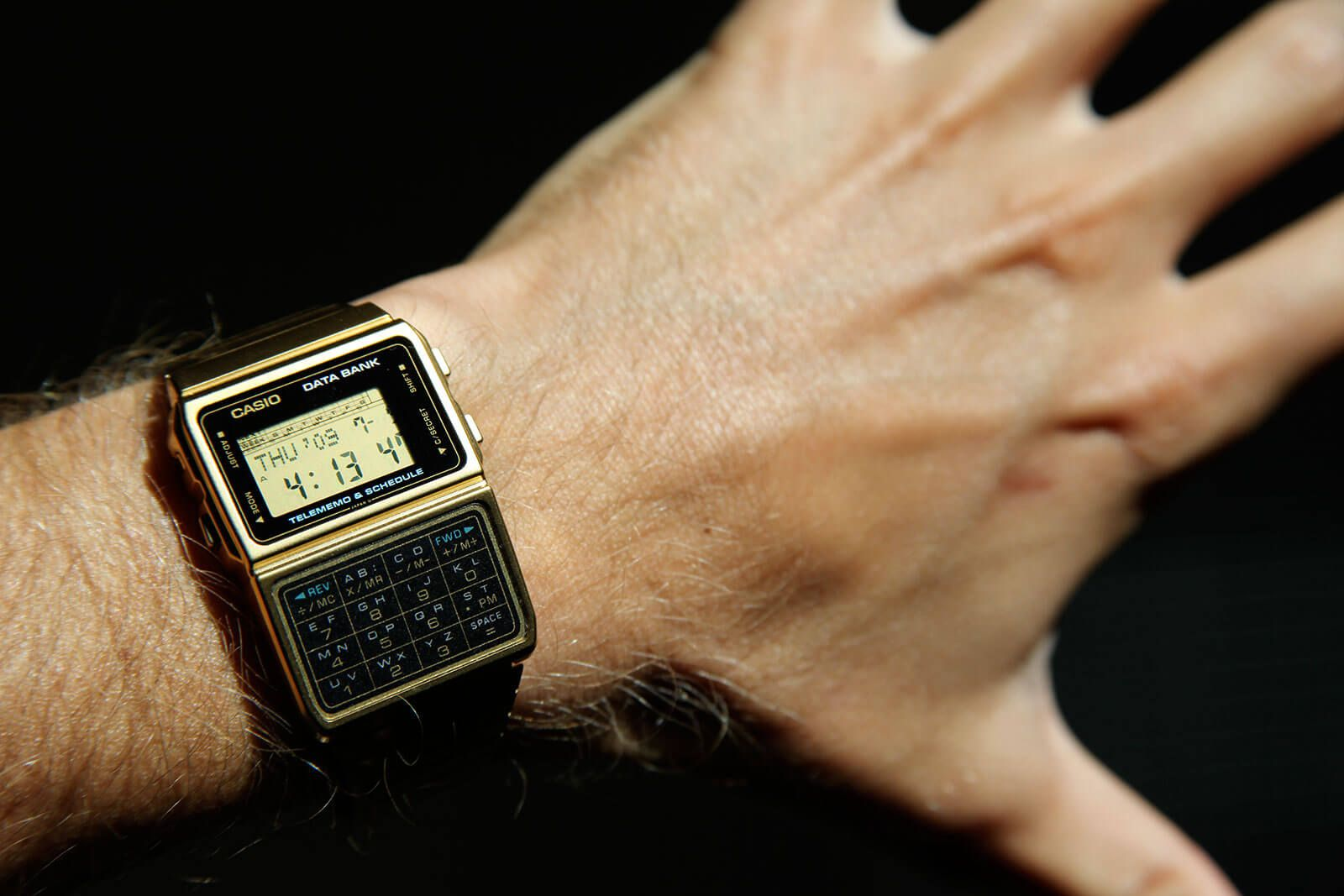 Những điều nên biết về đồng hồ Casio Databank