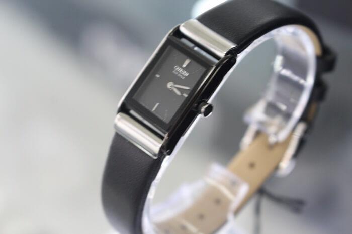 Mách bạn cách chọn mua đồng hồ Citizen nữ dây da đẹp đúng điệu