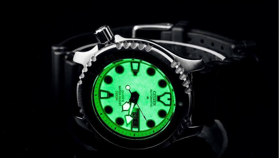 Nên mua đồng hồ đeo tay giá bình dân của thương hiệu nào?