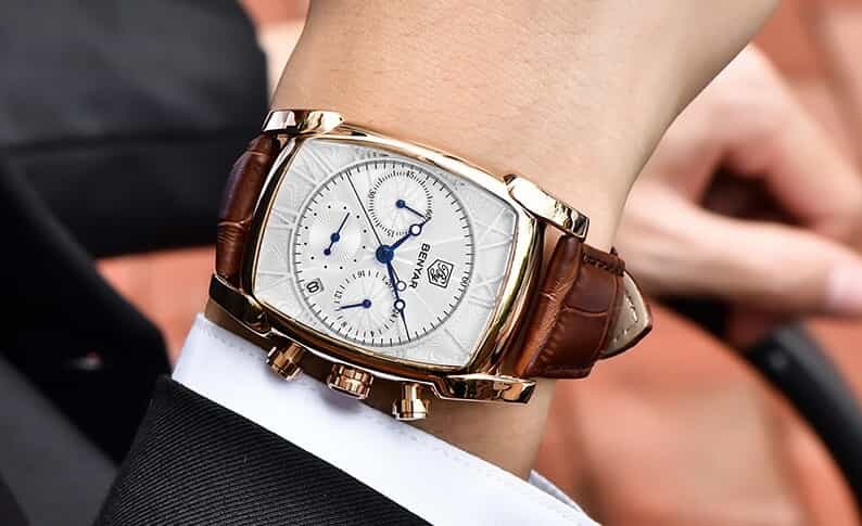 Bạn có phù hợp với đồng hồ nam mặt chữ nhật dây da?