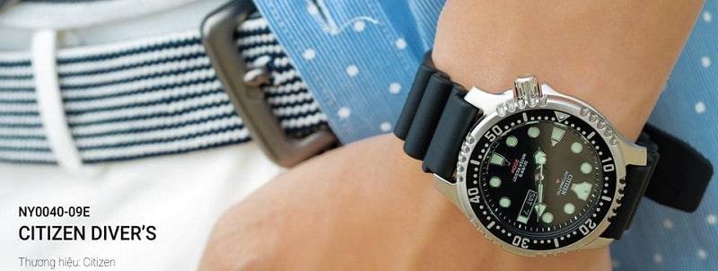 Đồng hồ đeo tay nam dây cao su - lựa chọn số 1 cho phong cách trẻ