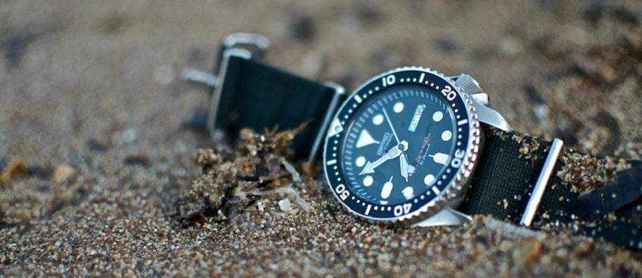 Đồng hồ đeo tay dây vải - Những thông tin không nên bỏ lỡ
