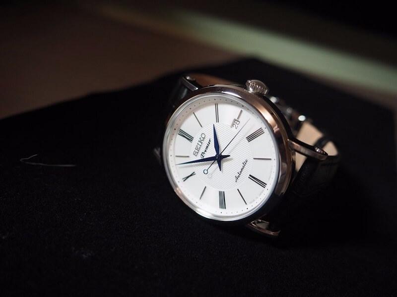 Đồng hồ Seiko Premier - Điểm nhấn cổ điển trên cỗ máy hiện đại