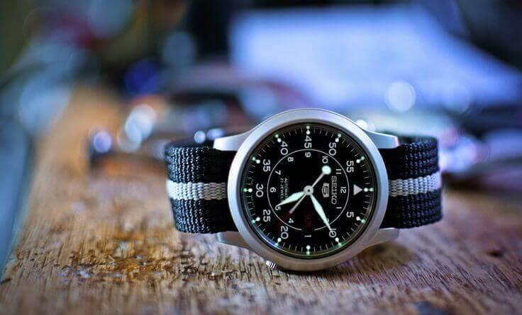 Khám phá đồng hồ đeo tay Seiko 5 - Huyền thoại bất tử
