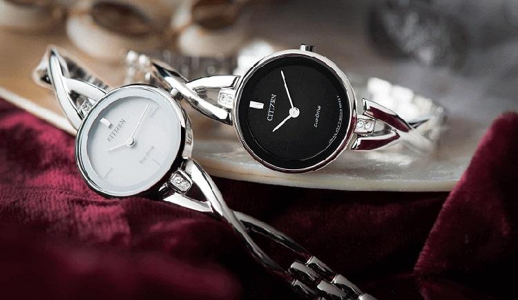 Bỏ túi 5 bước chọn đồng hồ cho nữ tay nhỏ!