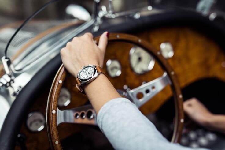 Nên đeo đồng hồ tay nào và các lưu ý khi đeo đồng hồ