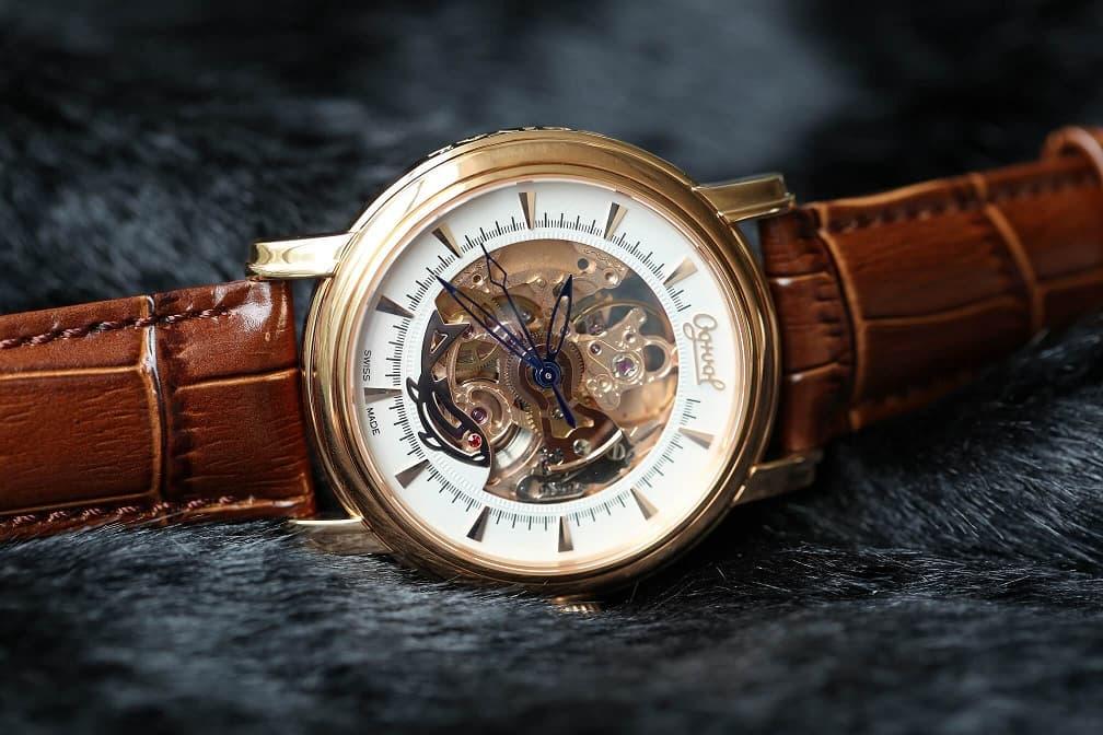 Đồng hồ Ogival - Biểu tượng của tình yêu và sự phước lành