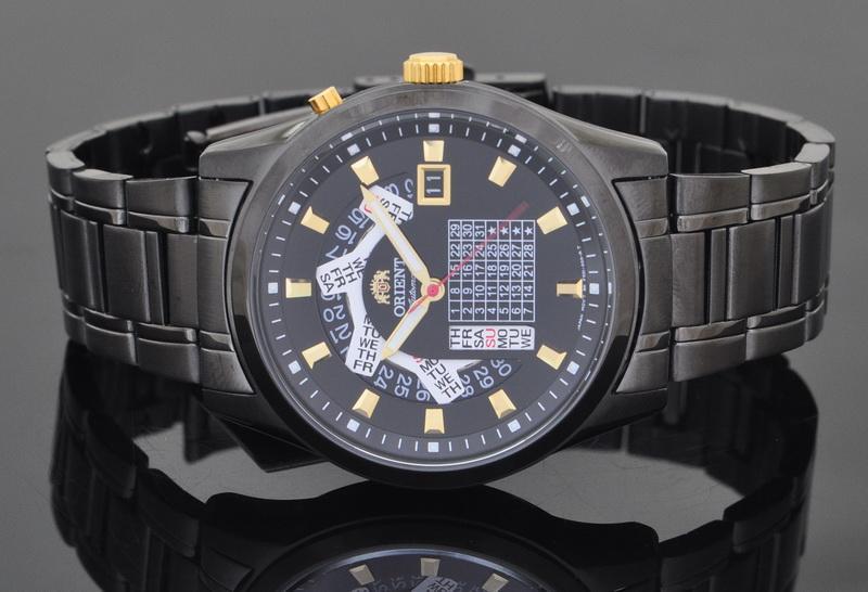 Đồng hồ Orient lịch vạn niên - cỗ máy đếm giờ hoàn hảo