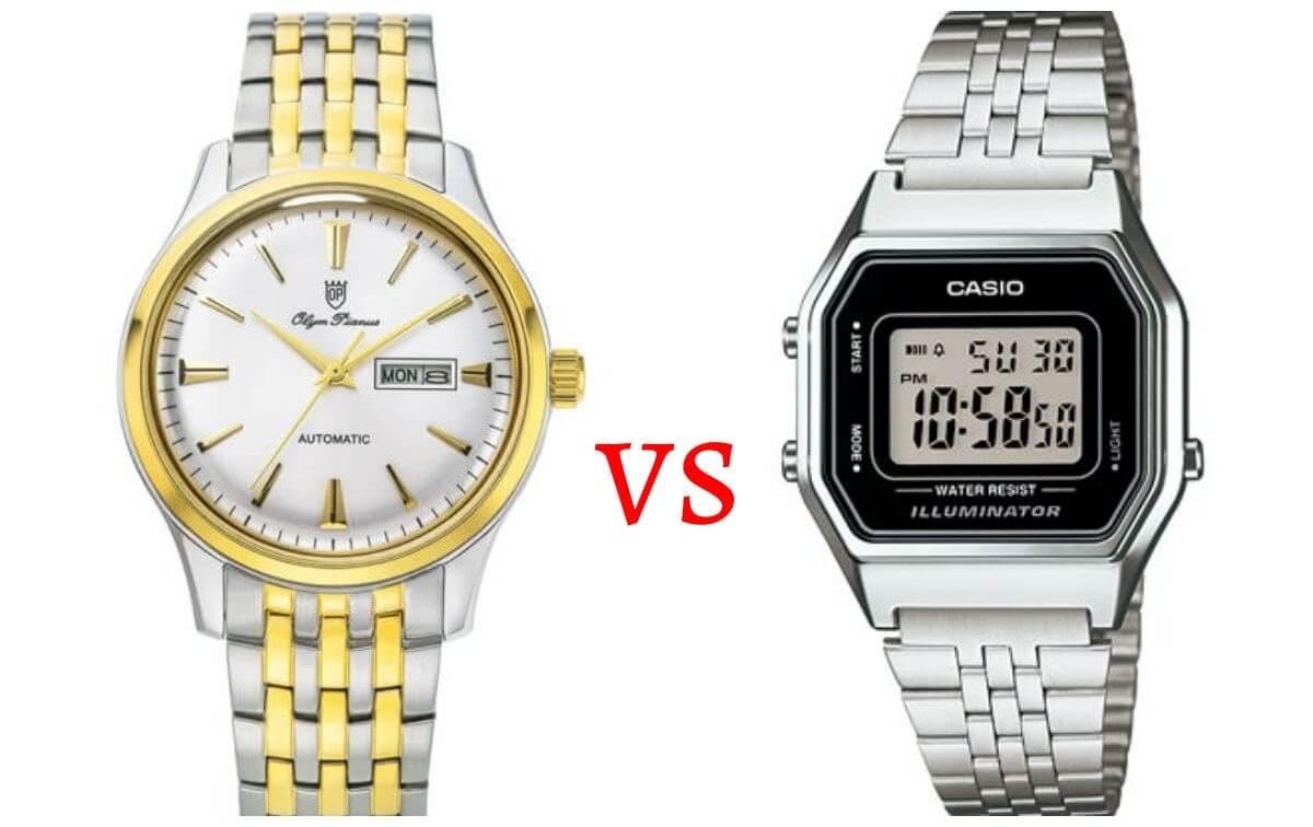Giải bài toán so sánh đồng hồ cơ và đồng hồ điện tử