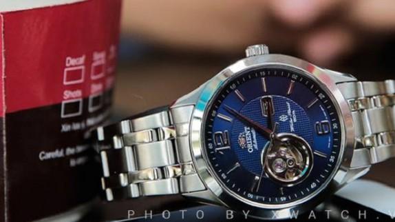 Kinh nghiệm mua đồng hồ chính hãng cho người mới bắt đầu