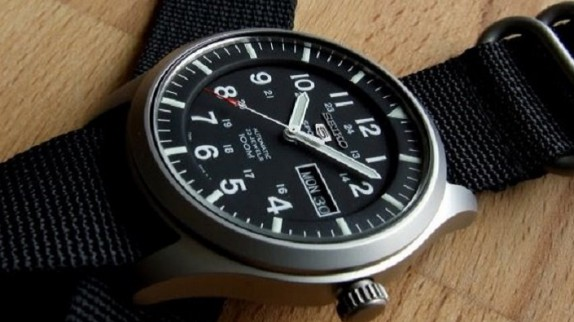 Cách lựa chọn đồng hồ Seiko 5 phù hợp với phong cách