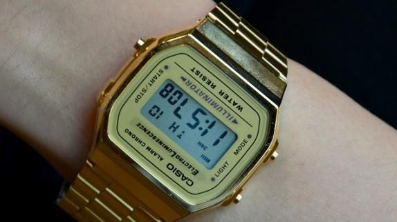 Mê mẩn với nét cổ điển của đồng hồ Casio Gold