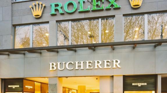 Làm thế nào để tìm shop đồng hồ Thụy Sỹ uy tín?