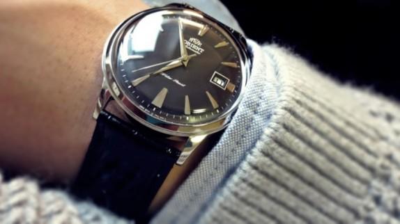 Bạn biết gì về giá đồng hồ Orient nam?