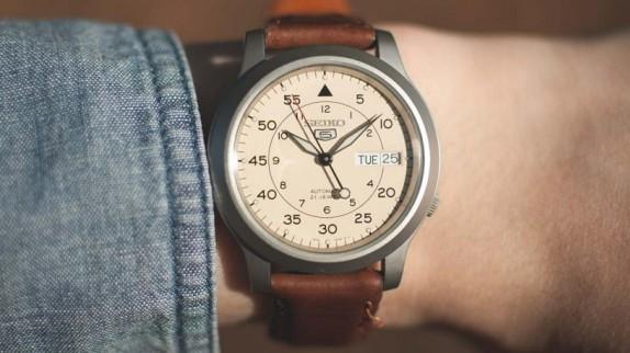 Những điều cần lưu ý khi tìm trung tâm bảo hành đồng hồ Seiko