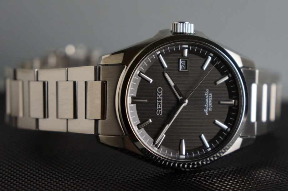 Mua đồng hồ nam automatic với mức giá bình dân
