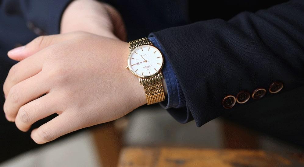 Đồng hồ nam siêu mỏng - lựa chọn hoàn hảo cho quý ông cổ tay nhỏ
