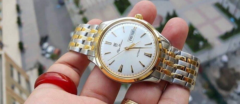 Điều gì tạo nên một chiếc đồng hồ vượt thời gian?