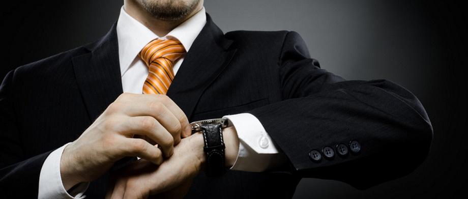 Chuyện đàn ông đeo đồng hồ cơ đi rước vợ Quartz
