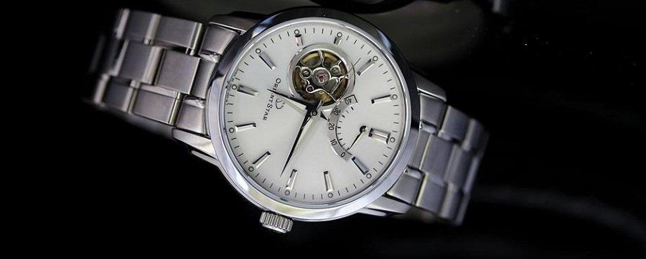 Mẫu đồng hồ nào bán chạy tại shop đồng hồ Orient ?