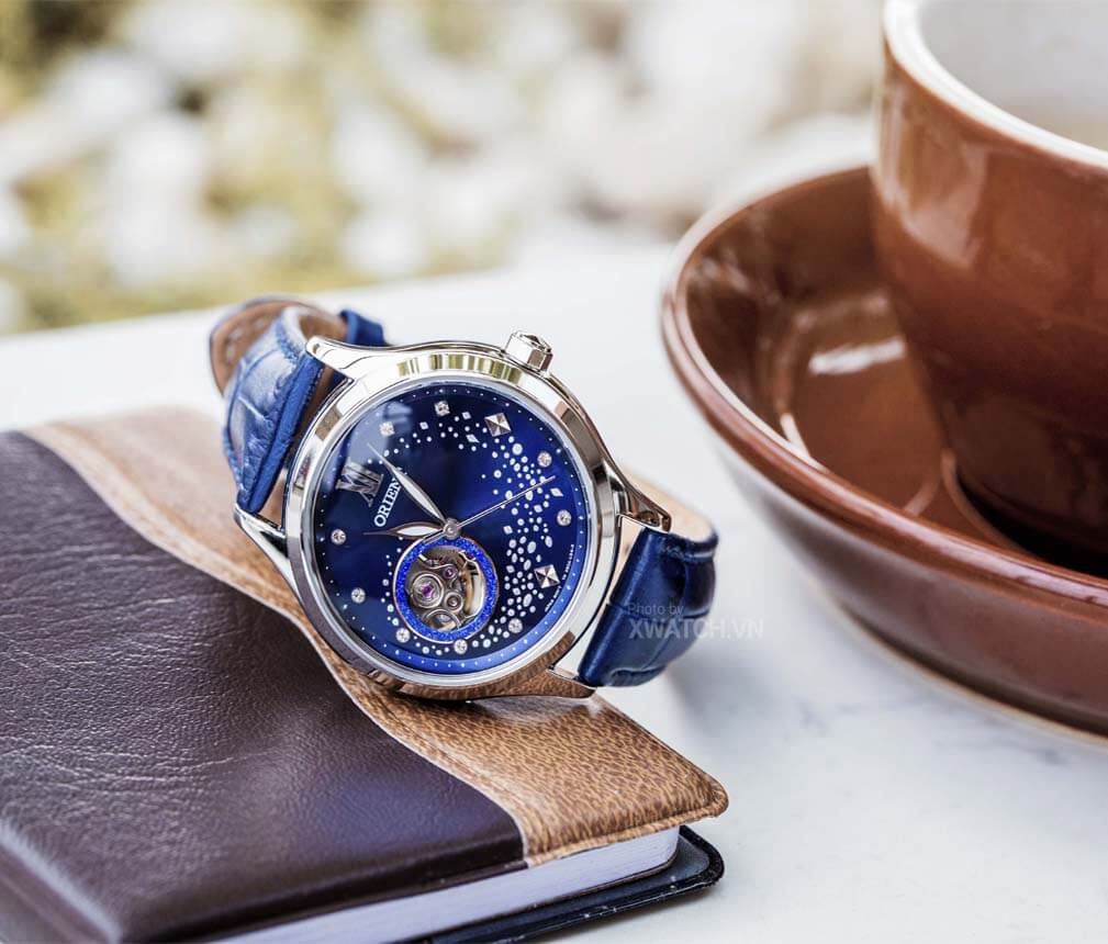 Đồng hồ nữ Orient FDB0A009D0