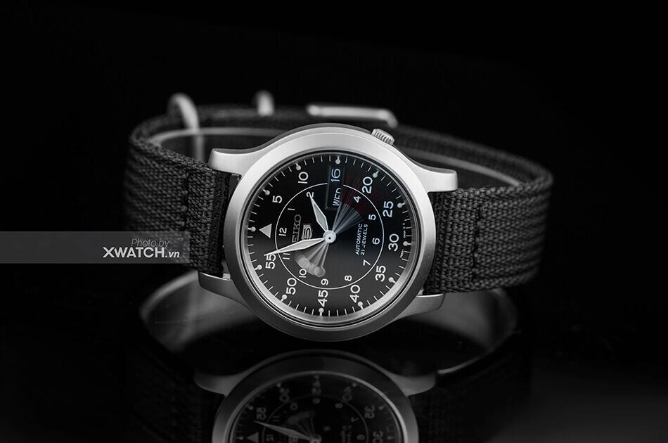 Đồng hồ Seiko 5 SNK809K2