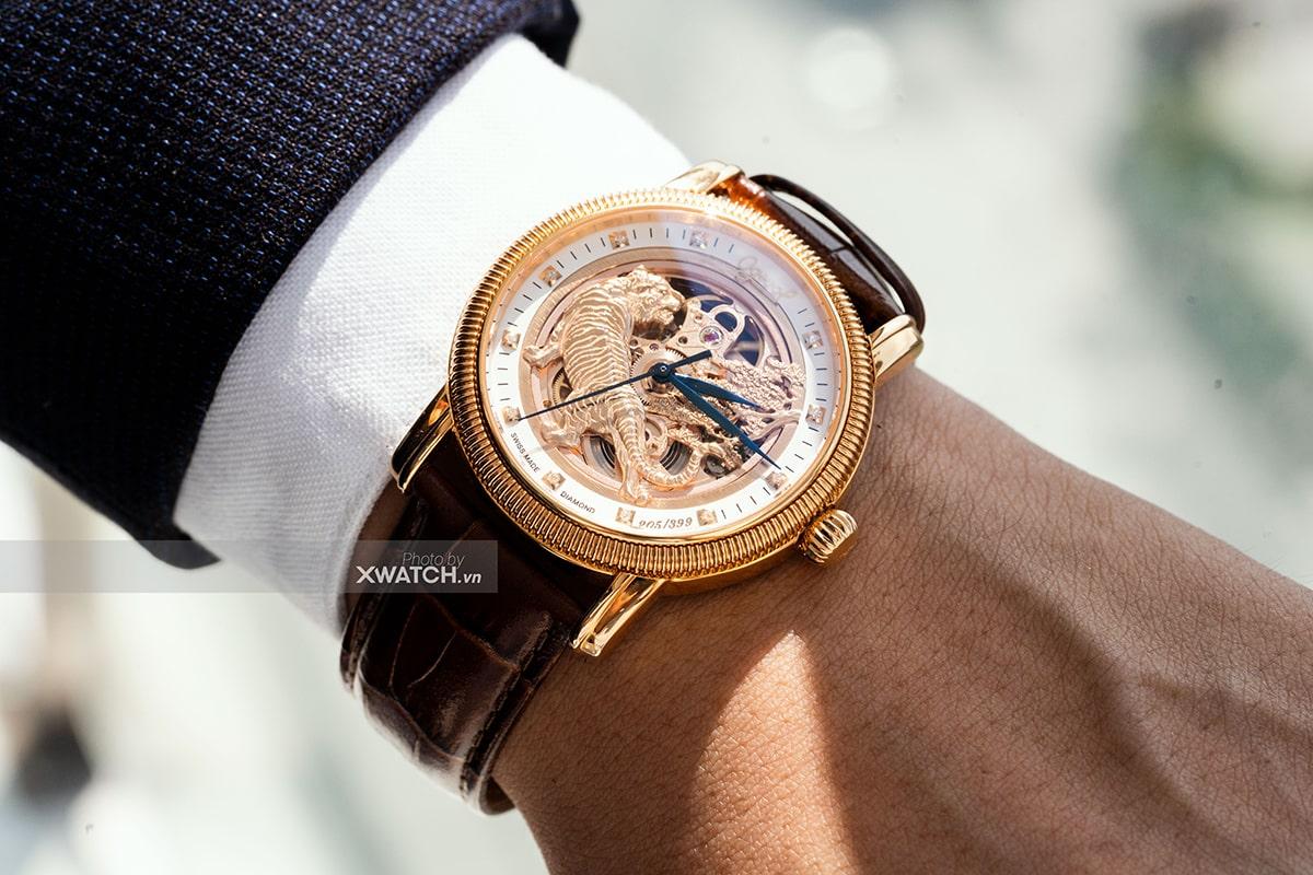 Đồng hồ Ogival hổ vàng