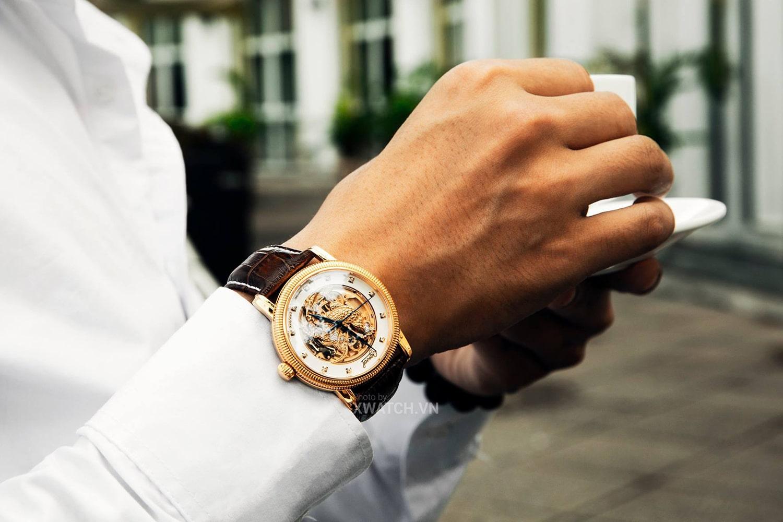 Đồng hồ Ogival mặt Kim Kê