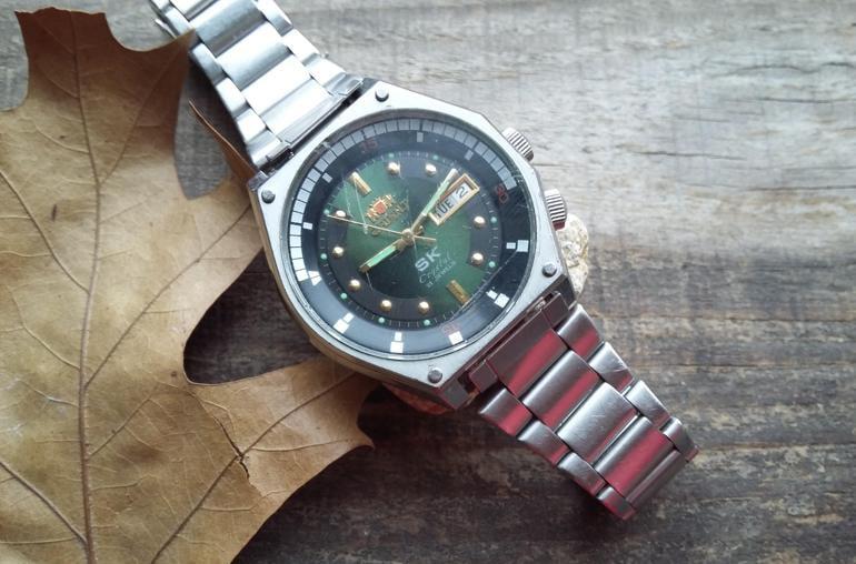Đồng hồ Orient SK mặt xanh cổ