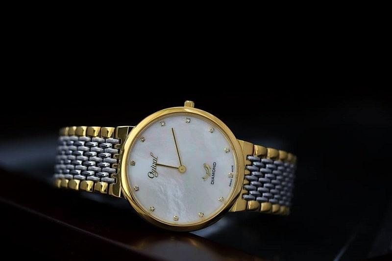 Đồng hồ Ogival mặt xà cừ